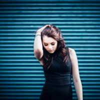 Niamh-performs-her-EP-June-26-01